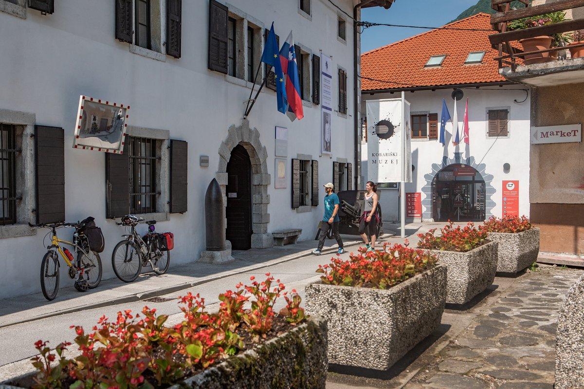 """Turistická pěší """"Trasa míru"""" mezi Slovinskem a Itálií 2"""