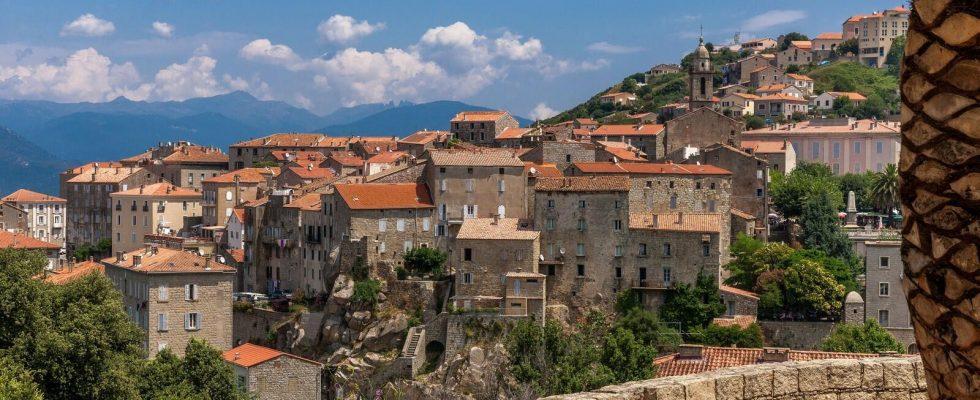 Tradiční Korsika a město Sarténe 1
