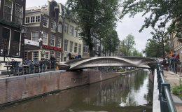 První 3D vytištěný most z nerezové oceli se klene nad nizozemským kanálem 9